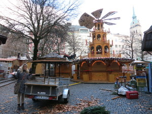 Setup Christmas market booths at Sternenplatzl